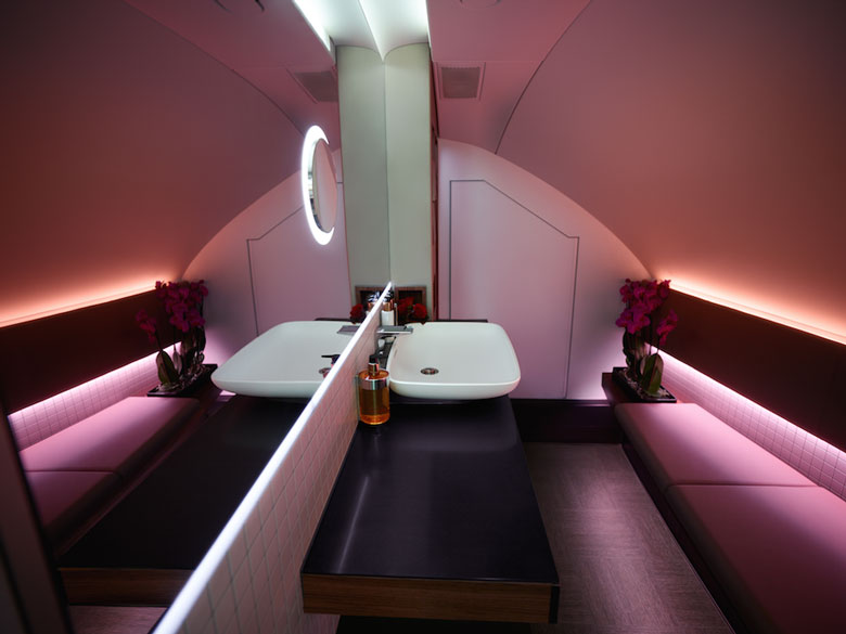 Qatar-A380-first-class-bathroom